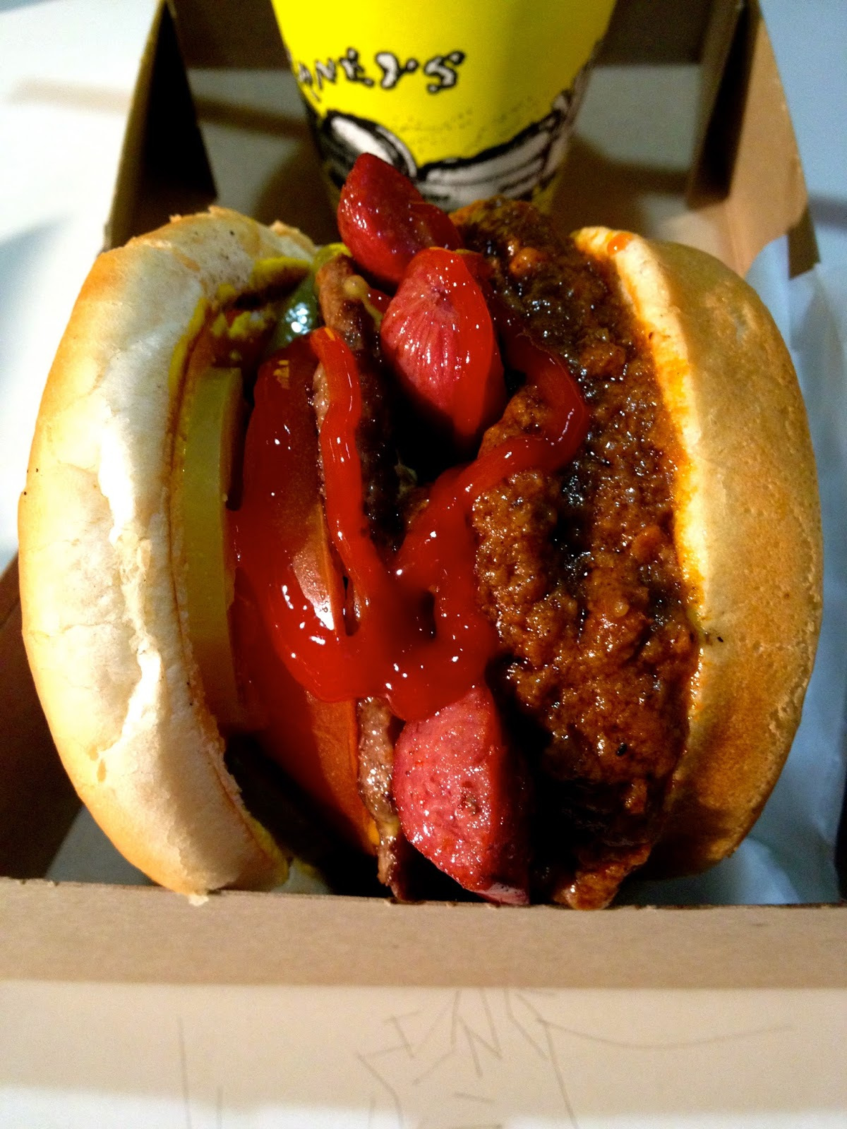 best chili burger in los angeles