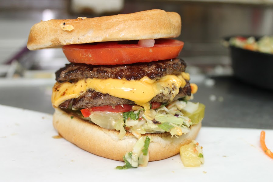 the best cheeseburger in la at carney train